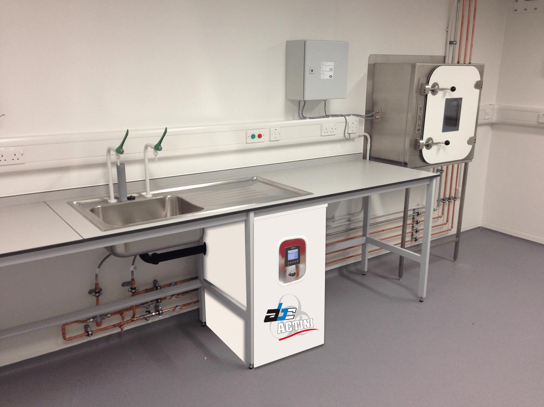 Lab decontamination system